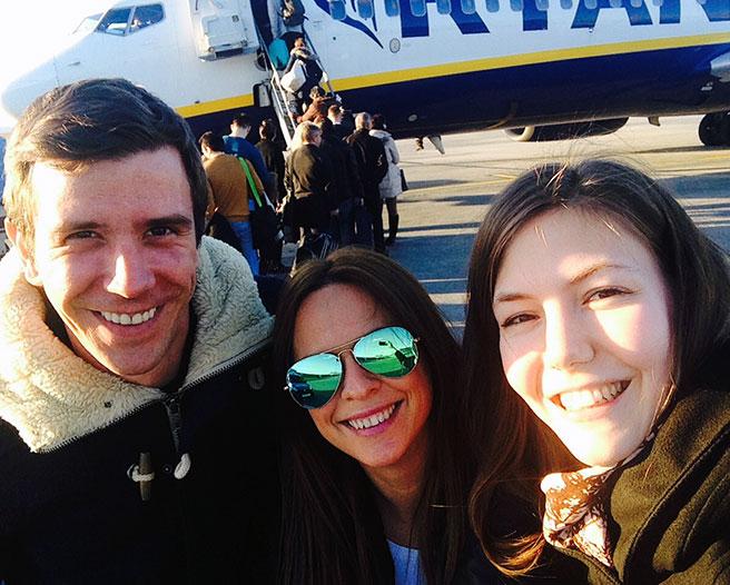 Ügyefeleinkkel Dublin felé